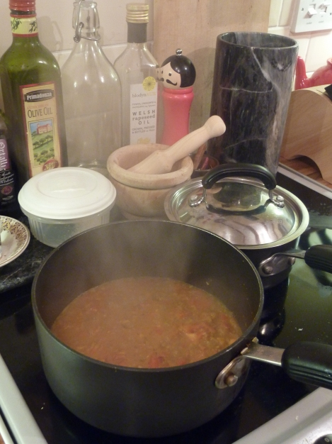 Gorgeous spicy tomato sauce get down reducing