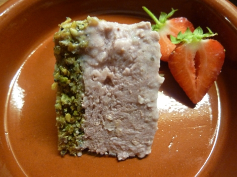 Strawberry Tofu Cheesecake with Fig and Poppy Seed Base (Raw/ Vegan/ Gluten Free)