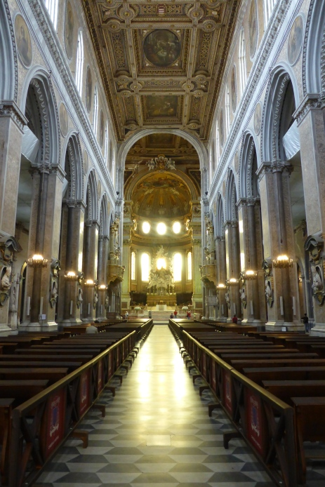 The spectacular Duomo Cathedral - Napoli