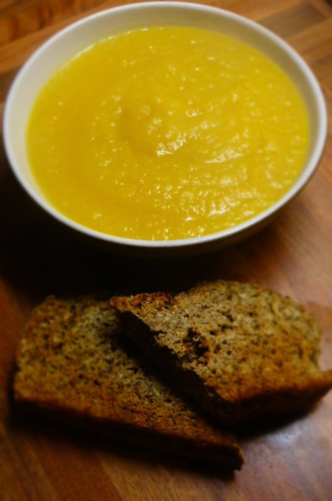 Late Autumn and the chills are setting in.  Soup tonic, Pumpkin, Fennel and Leek with Soda Bread.