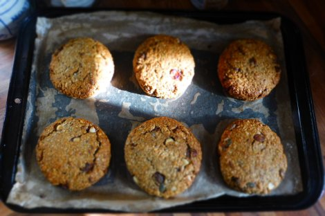 Wake up, 3oC, warm Banana Bread cookie time (recipe to follow)