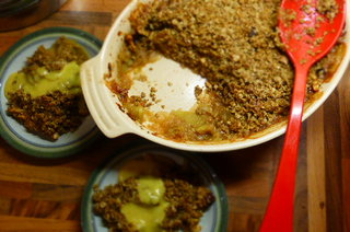 Windfall Apple and Oat Crumble