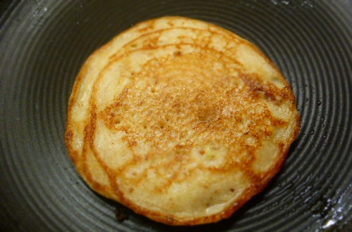 These pancakes are easy flippers, no messing about for you this pancake night.
